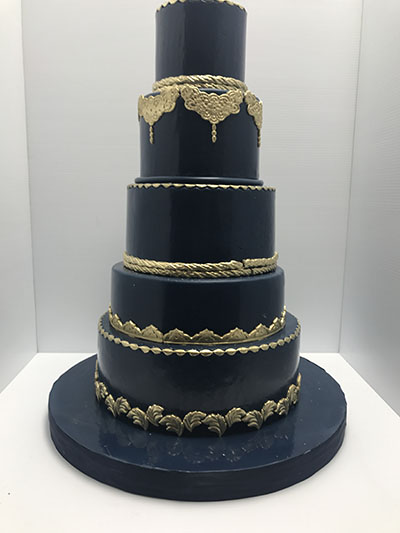 blue and gold wedding cake ideas wedding cakes 171 les delices lafrenaie montreal s 1 11945